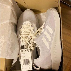 Adidas shoe - Size 9 1/2 pure bounce + street w